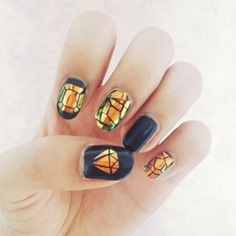 korean-glass-nails-trend-792999_w650